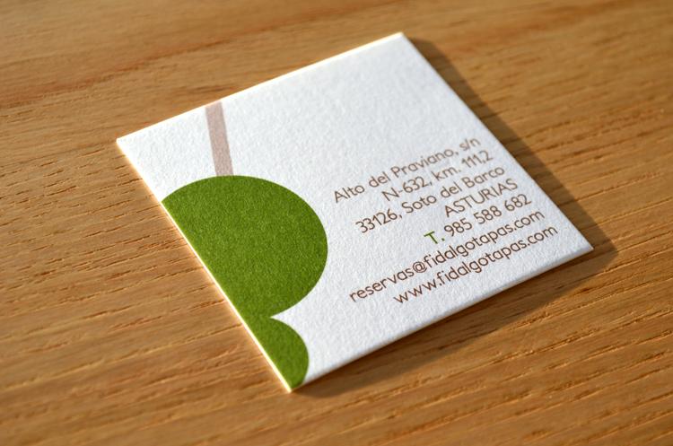 Diseño de logo y tarjeta para el restaurante Tapas Fidalgo